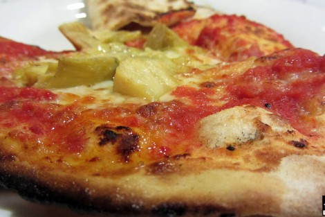 Pizza Serpente - Calzone Ripieno e Pizza Carciofi