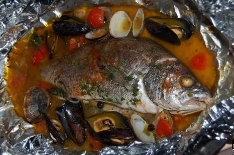 pesce al cartoccio erbette di Maremma Volpina
