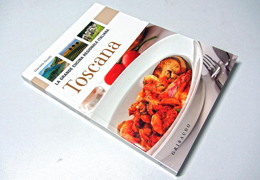 Libro in edicola toscana la grande cucina regionale italiana doctor tuscany food wine - Cucina regionale italiana ...